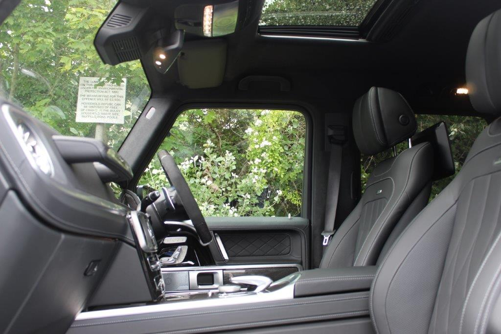 HF19 FNO front interior